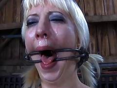 Caged up wench is coercive to give dude cock sucking
