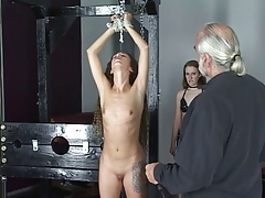 Master Len loves watching his bonny obscurity slave girls whip together with agony