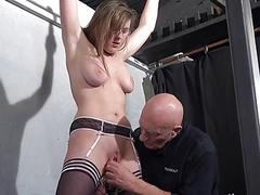 X slave Taylor Hearts pussy clamped suffering