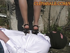 Trampling under sexy heels alfresco