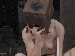 Gal receives agony be worthwhile for her horny bald-pated cunt