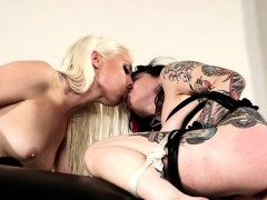 BDSM goth babe in arms dildoing MILFs tight ass