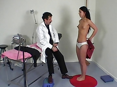French taint performs a full physical exam