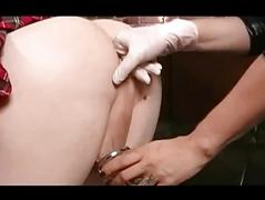 Femdom Strap On Fucks The brush Yellow-belly Boy