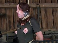Hot slave delights with vocal intercourse