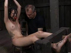 Hot slave delights with vocal sex